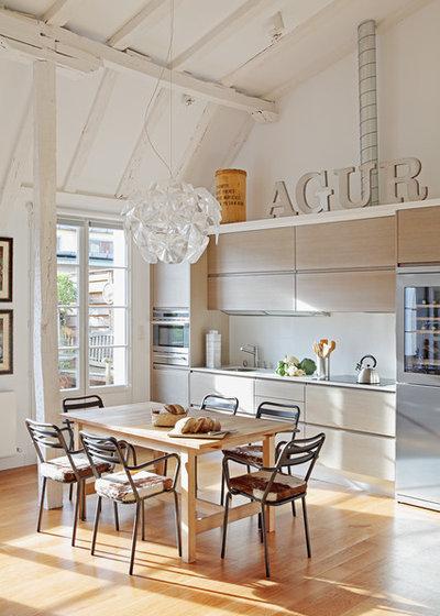 Ecléctico Comedor by MIKEL LARRINAGA Arquitectura Interior & Decoración