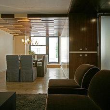 Modern Dining Room by Lynn Gaffney Architect, PLLC