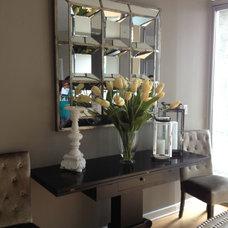 Modern Dining Room by Fabulous Interior Designs, LLC.