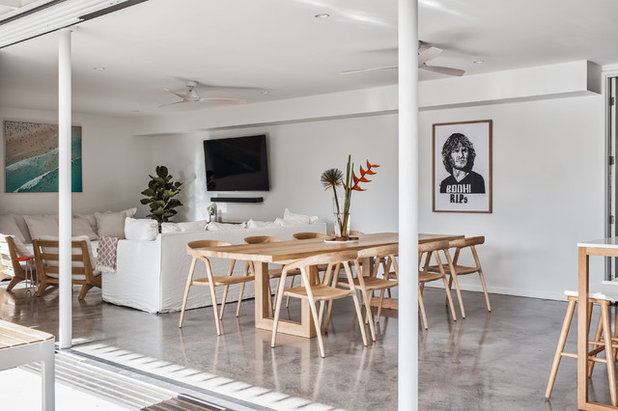 Beach Style Dining Room by Sanctuary 28