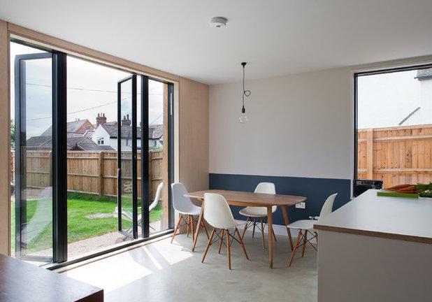 Scandinavian Dining Room by Mailen Design