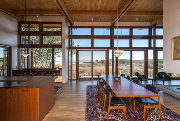 Midcentury Dining Room by Hammer Architects
