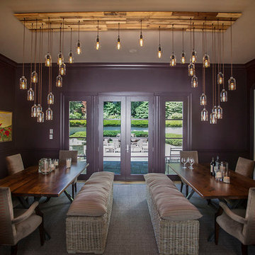 Long Island,  Dramatic Dining Room