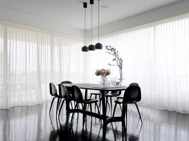 Contemporary Dining Room by Luigi Rosselli Architects