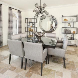 Esempio di un'ampia sala da pranzo aperta verso il soggiorno contemporanea con pareti bianche, pavimento in compensato e pavimento multicolore