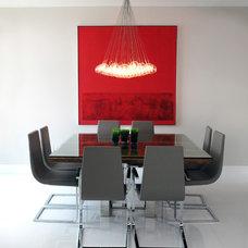 Contemporary Dining Room by Guimar Urbina | KIS Interior Design