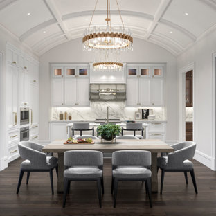 Luxury Dining Room in Open Kitchen