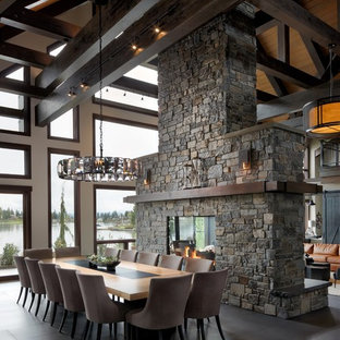 Luxury Living on the Lake