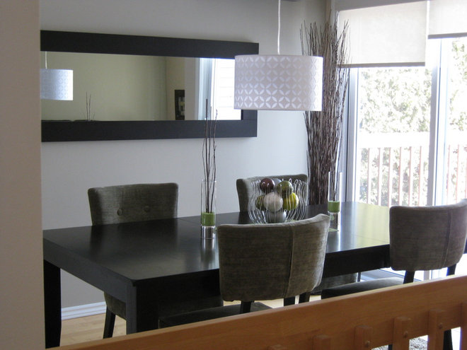 Modern Dining Room by Deco Divine Plus