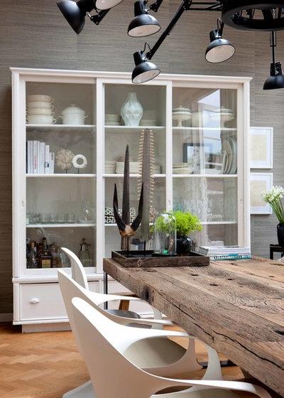 Contemporary Dining Room by Maaike van Diemen interieurontwerp