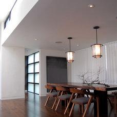 Modern Dining Room by MAK Studio