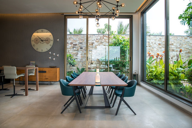 Contemporary Dining Room by Ricken Desai Photography