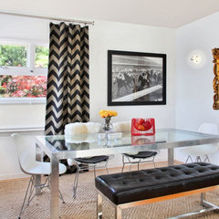 contemporary dining room by Vanessa De Vargas