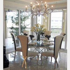 Contemporary Dining Room by Jaime Berg