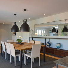 Midcentury Dining Room by Jeannette Architects