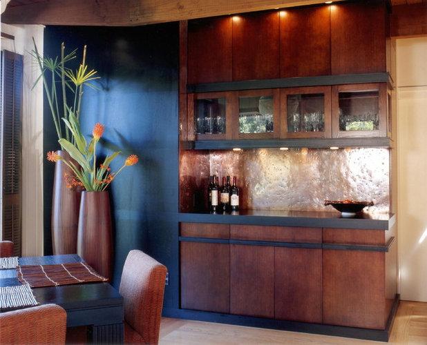 Contemporary Dining Room by InHouse Design Studio