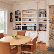 Beach Style Dining Room by Elizabeth Swartz Interiors