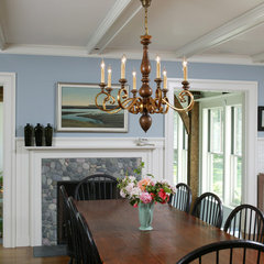 traditional dining room by Frank Shirley Architects