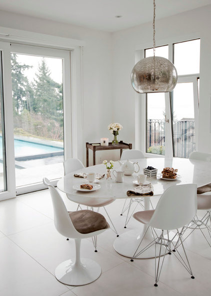 Contemporary Dining Room by The Cross Interior Design