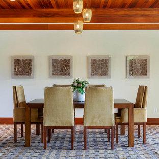 Island style dining room photo in Hawaii