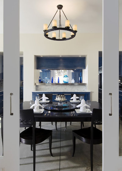 Contemporary Dining Room by Leonard Grant Architecture