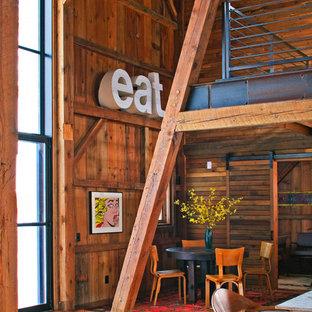 Новый формат декора квартиры: гостиная-столовая в стиле рустика без камина
