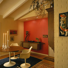 Midcentury Dining Room by Johnson Berman