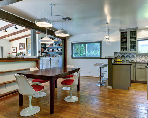 Example Of A Midcentury Modern Eat In Kitchen Design In Los Angeles With  Shaker Cabinets