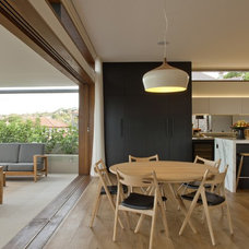 Contemporary Dining Room by Richard Cole Architecture