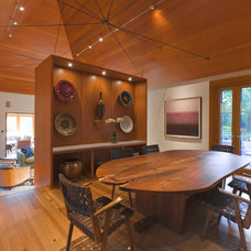 Contemporary Dining Room by Dirk Denison Architects
