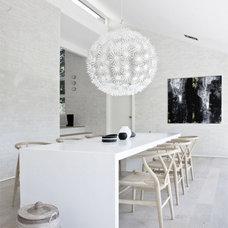 Modern Dining Room by Christine L. Cardeño
