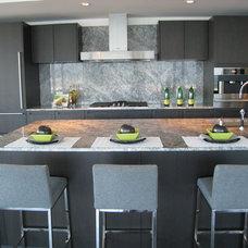Modern Dining Room by Flüff Designs & Decor