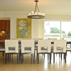 Modern Dining Room by Innerspace Interior Design LLC