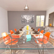 Modern Dining Room by The Ranch Mine