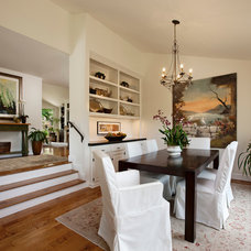 Traditional Dining Room by Keeping Interiors