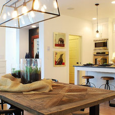 farmhouse dining room by Judith Balis Interiors
