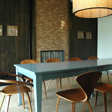Modern Dining Room by MARKZEFF