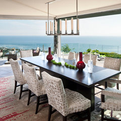 contemporary dining room by Harte Brownlee & Associates Interior Design