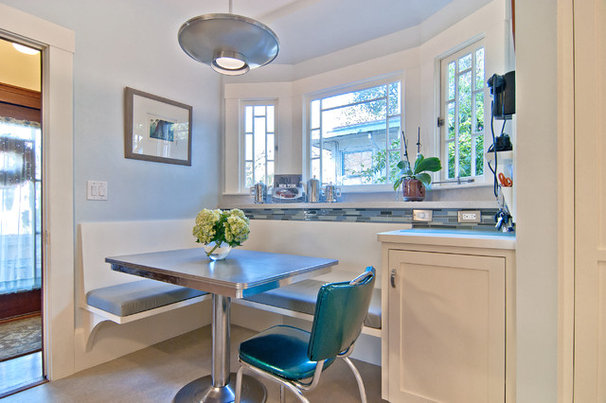Traditional Kitchen by Struthers Dias Architects