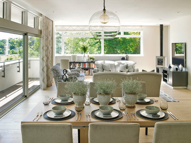 Transitional Dining Room by Susan Venn Design
