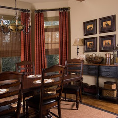 traditional dining room by Terri Ervin