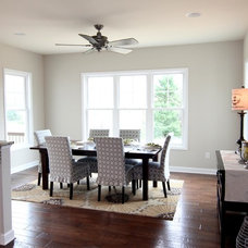 Traditional Dining Room by Stateson Homes