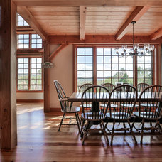 Traditional Dining Room by Timberpeg