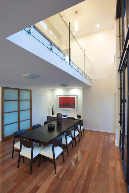 Contemporary Dining Room by Walton Architects