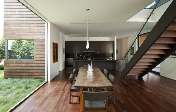 Modern Dining Room by Workshop M Architecture