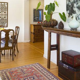 Dining room - dining room idea in San Francisco