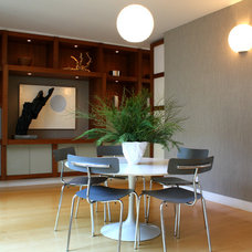 Midcentury Dining Room by Shannon Malone