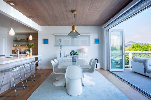 Beach Style Dining Room by Margot Hartford Photography