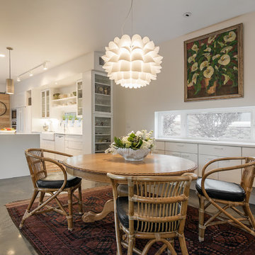 My Houzz: Contemporary Home Hugs a Central Courtyard