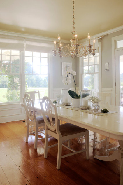 Farmhouse Dining Room by Adrianna Beech